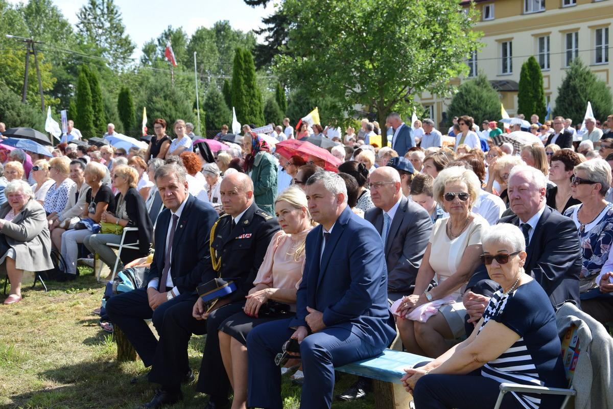 Diecezjalne uroczystości 300lecia koronacji Obrazu MB Częstochowskiej Topczewo 26.08.2017r (25)