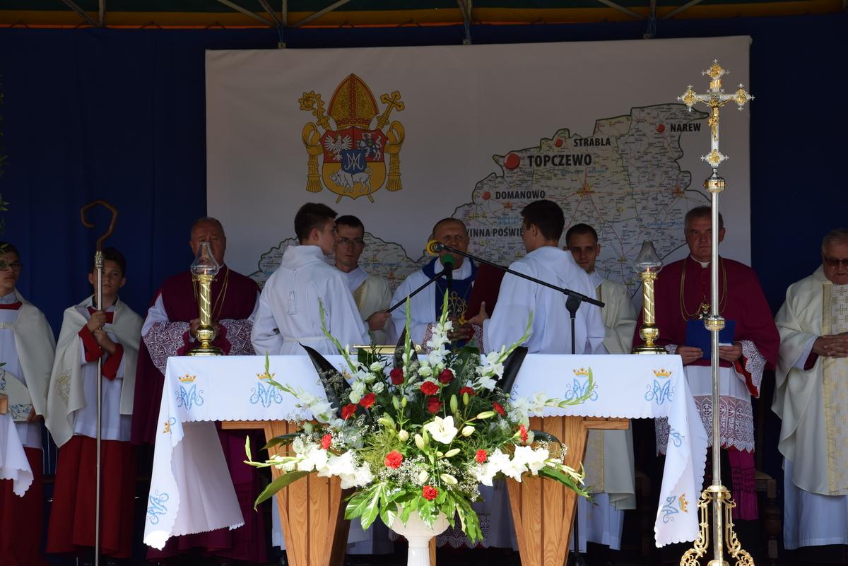 Diecezjalne uroczystości 300lecia koronacji Obrazu MB Częstochowskiej Topczewo 26.08.2017r (49)
