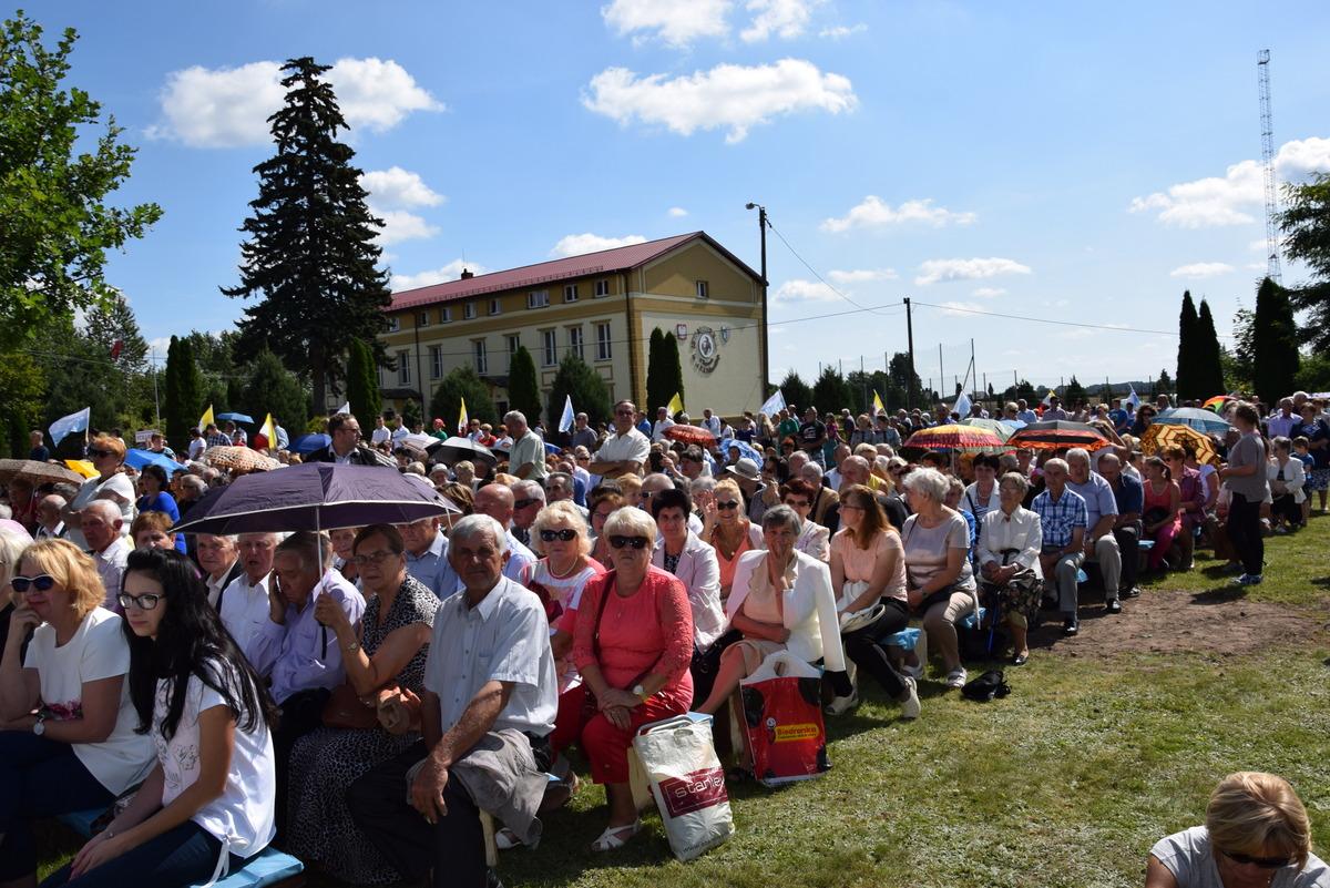 Diecezjalne uroczystości 300lecia koronacji Obrazu MB Częstochowskiej Topczewo 26.08.2017r (8)