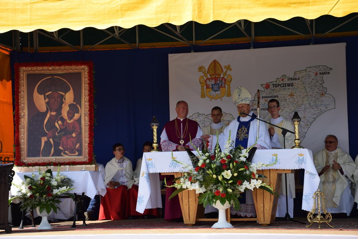 Diecezjalne uroczystości 300lecia koronacji Obrazu MB Częstochowskiej Topczewo 26.08.2017r (95)
